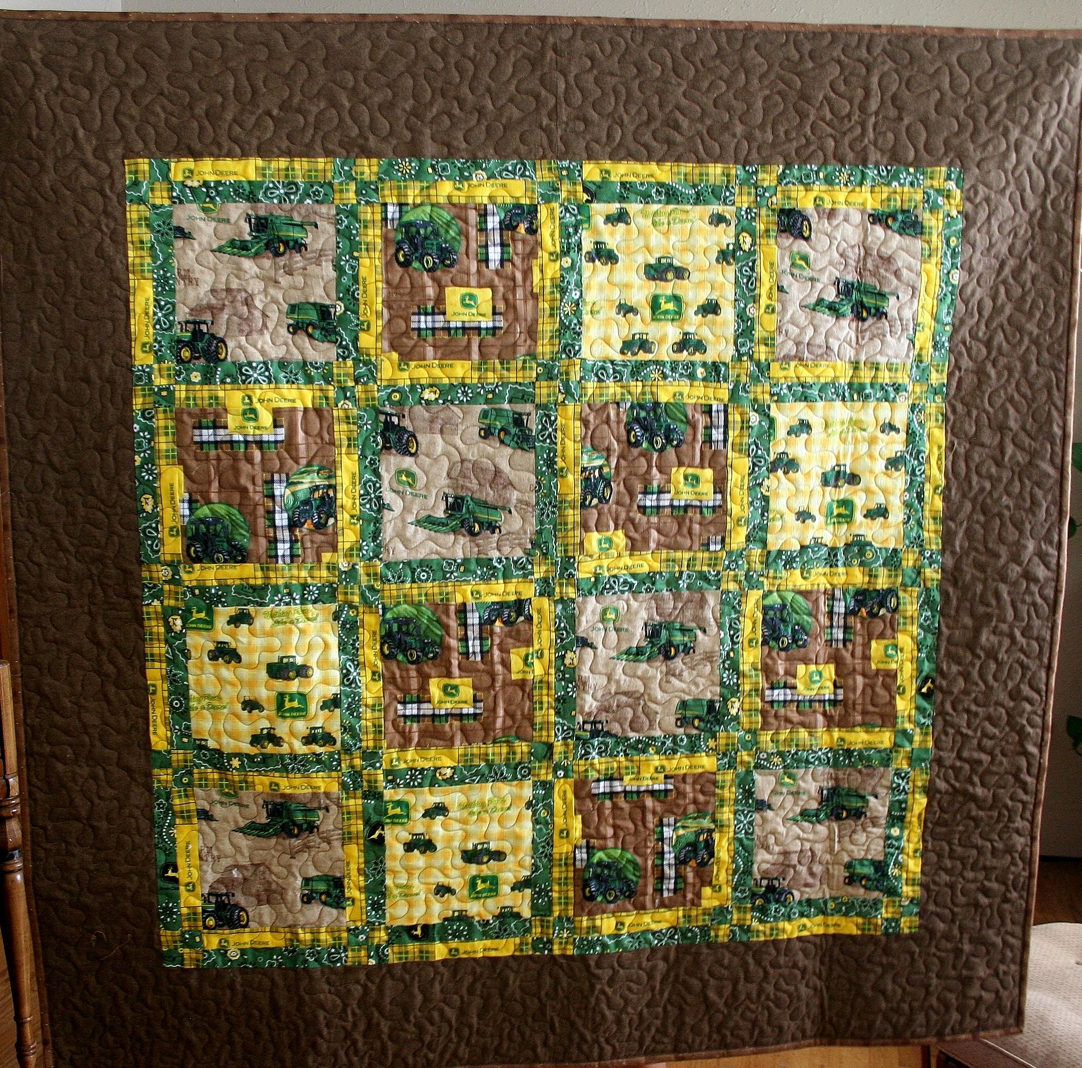John Deere Quilt Patterns : John deere tractor quilt idealstitches s