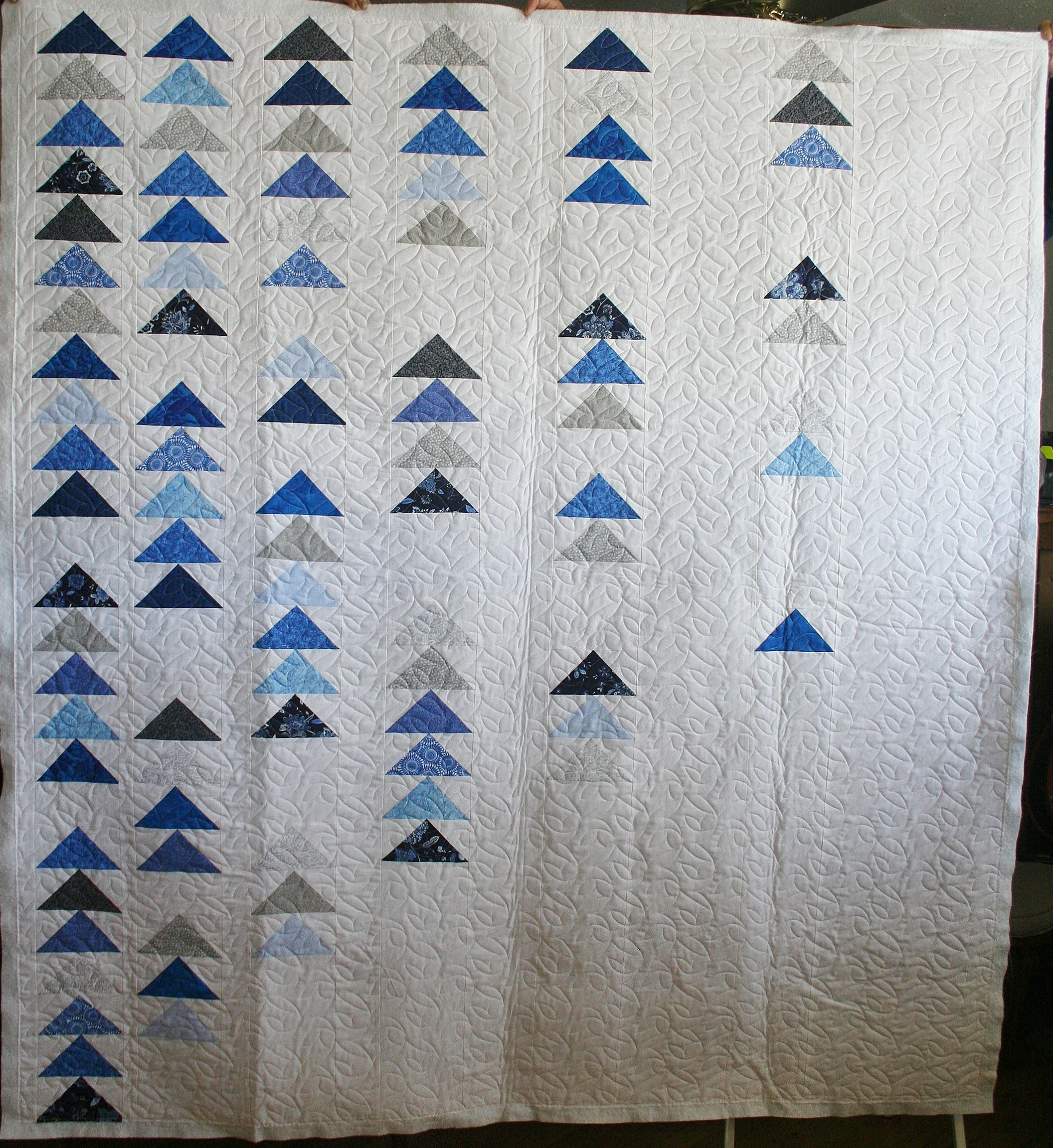 Modern Flying Geese | Ideal Stitches Longarm Quilting Services ... : flying geese quilting - Adamdwight.com