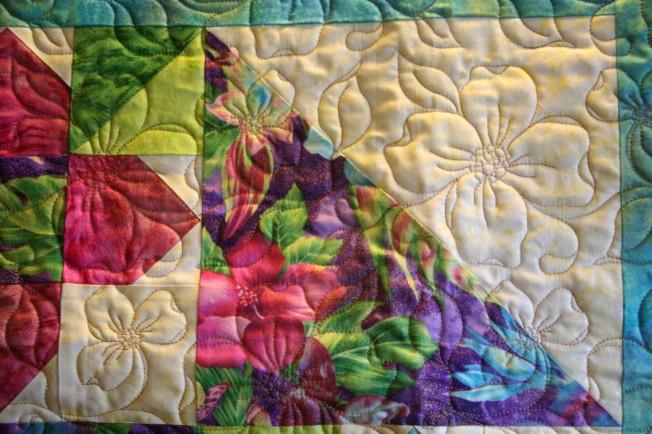 Dogwood Flower Quilt (close up)
