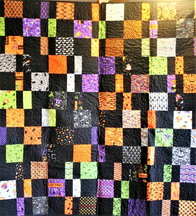 Scrappy Halloween Quilt (front)