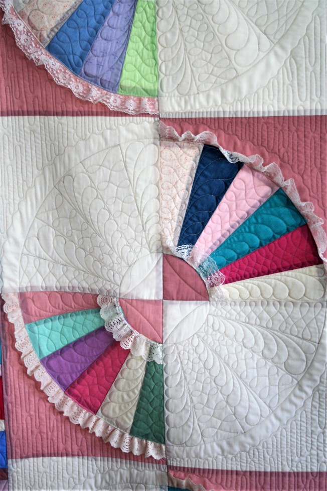 Patchwork Fan Quilt (close up 1)