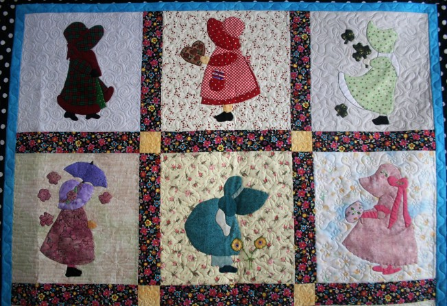 Applique Sunbonnet Sue (close up top)