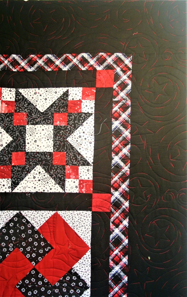 Mom's Red and Black Quilt (border)