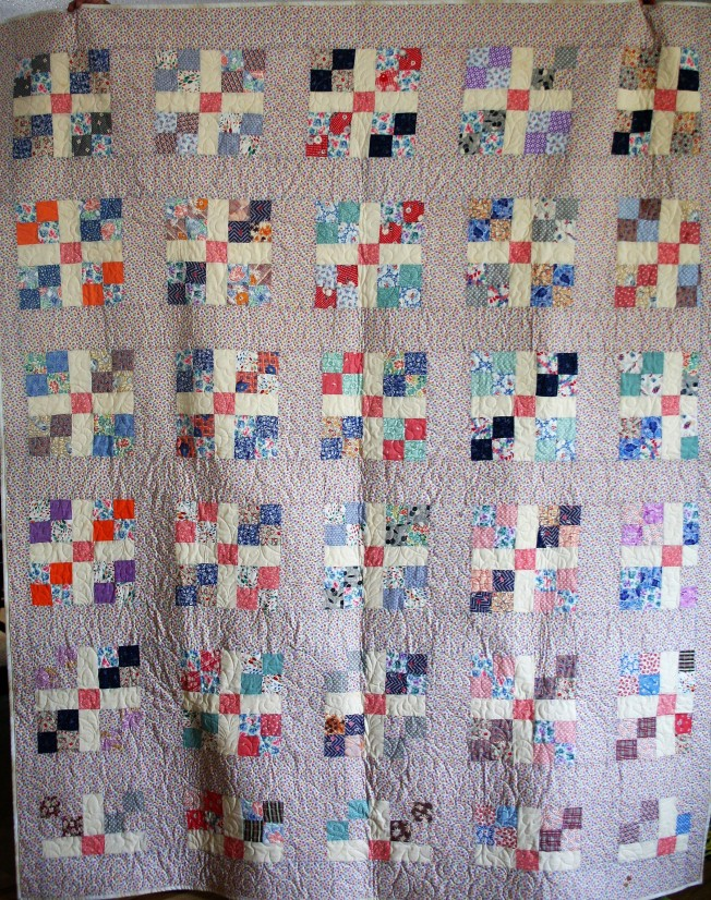Antique Daisy Quilt (front)