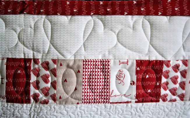 Heart Bed Runner (close up 2)