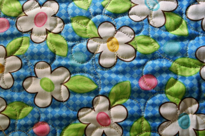 Daisy Baby Quilt (back)