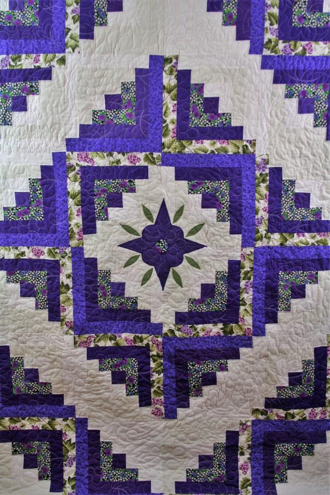 Prairie Point Quilt (close up 1)
