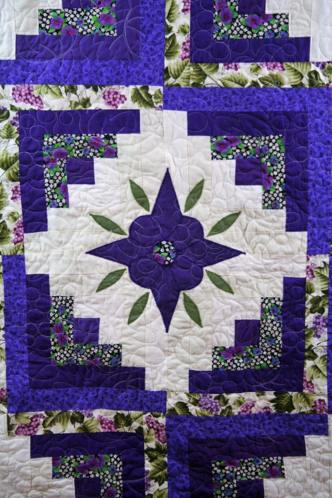 Prairie Point Quilt (close up 2)