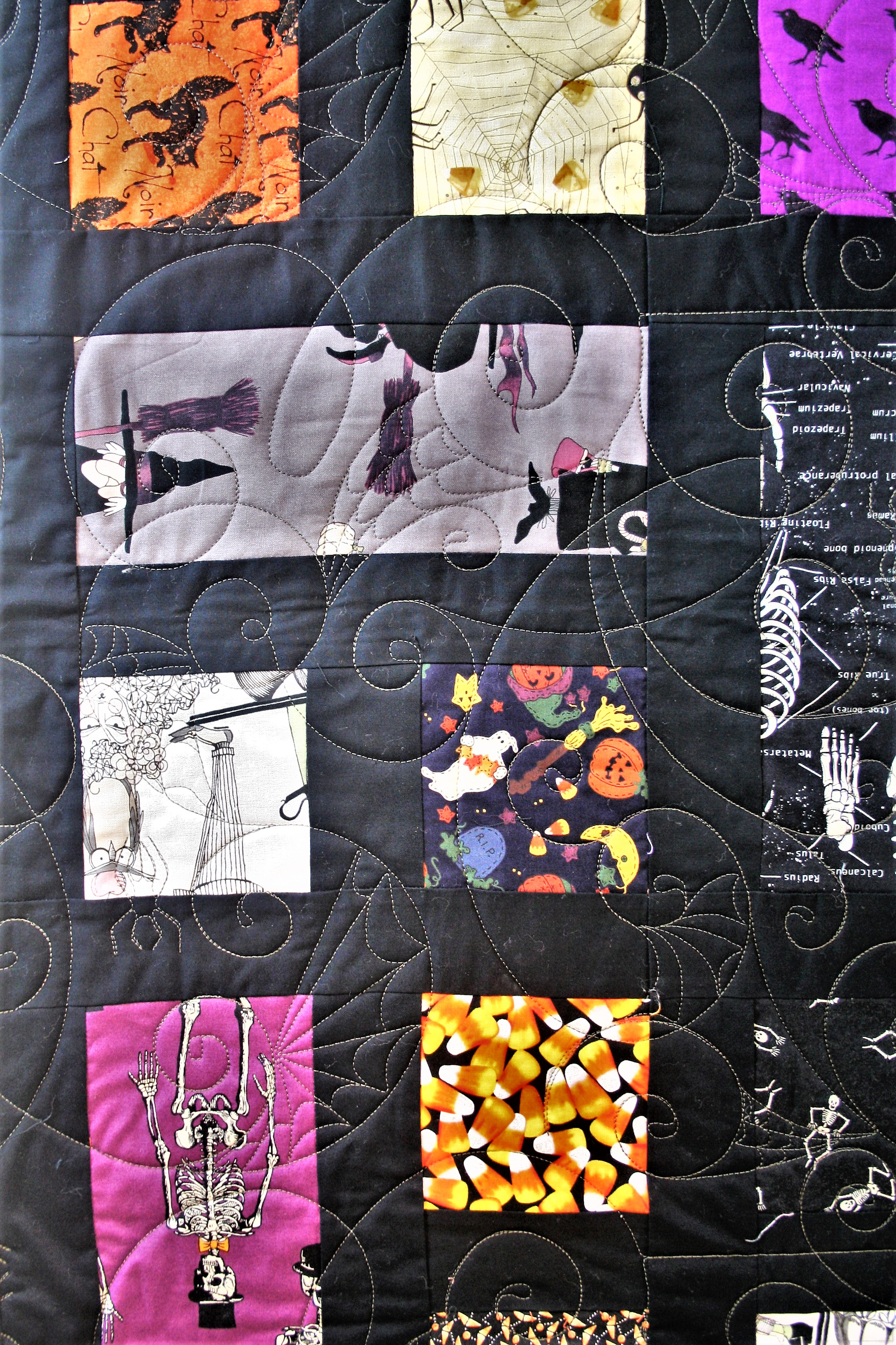 Hunter's Halloween Quilt (close up front)