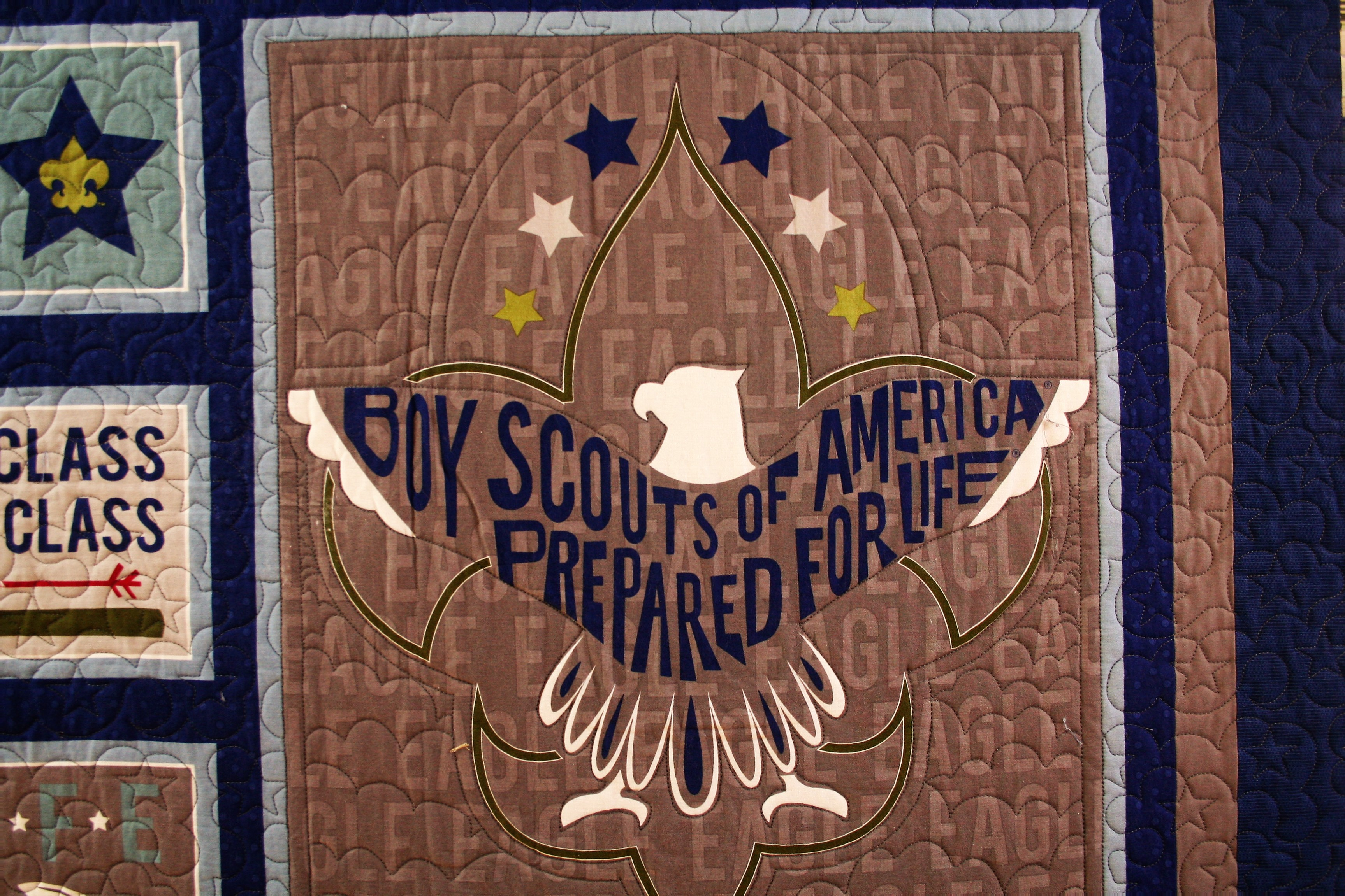 Boy Scouts and Stars Quilt (close up 1)